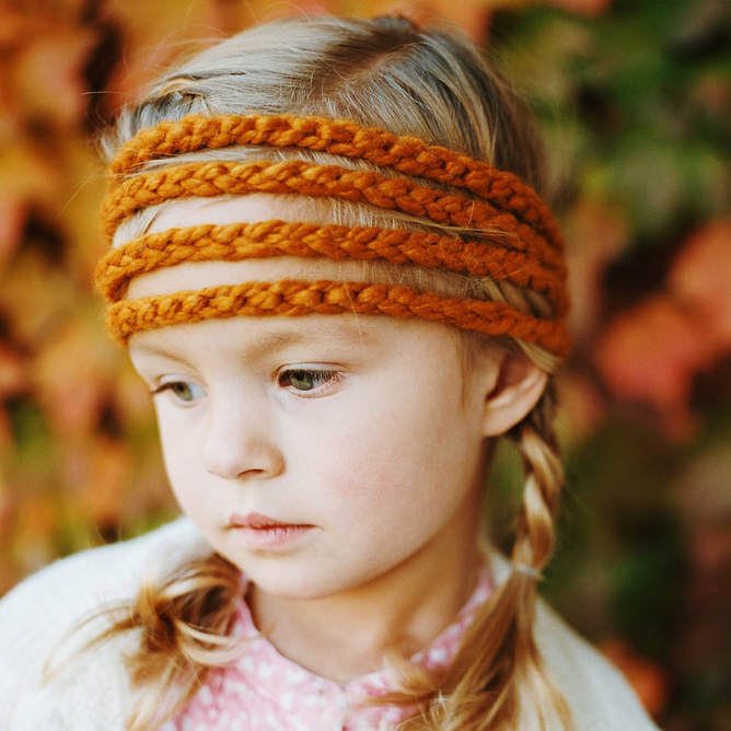 Mustard Headband, Hand crocheted, High quality yarn (20% Wool: 80% Acrylic), Stretches to fit head size, Fits toddler to adult, Premium Gift Box, Wear button in front, side or back, Ideal for all hair types and lengths, Washable