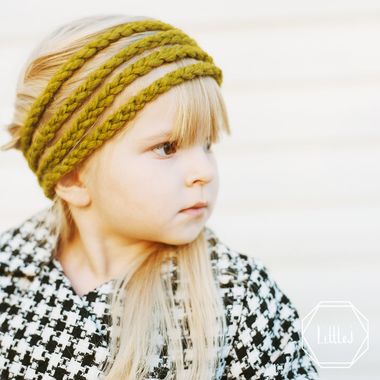 Lemongrass Headband, Hand crocheted, High quality yarn (20% Wool: 80% Acrylic), Stretches to fit head size, Fits toddler to adult, Premium Gift Box, Wear button in front, side or back, Ideal for all hair types and lengths, Washable